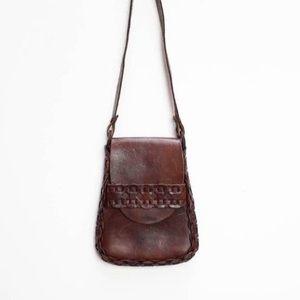 vintage 70's brown leather long-strap handbag
